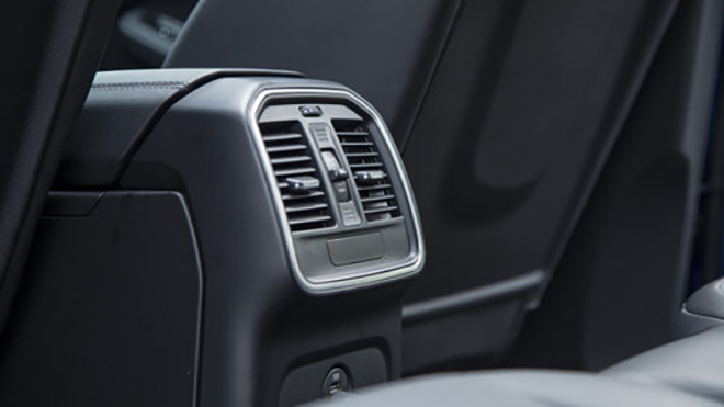 Cách sử dụng máy lạnh trên ô tô hiệu quả và tiết kiệm nhiên liệu